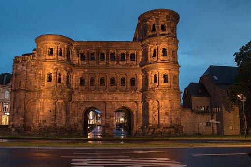 Trier, Porta Nigra, Roman, Abendstimmung, City Gate