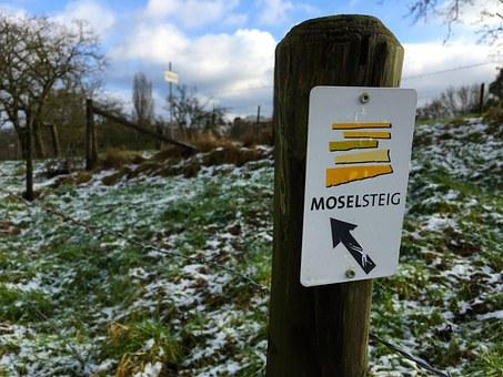 Sign, Moselsteig, Hiking, Outdoor, Trier, Snow, Sky