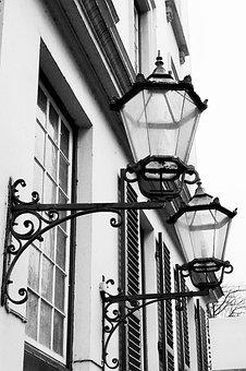 Street Lanterns, Hamburg, Pöseldorf, Historically