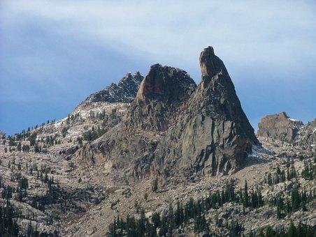 Peak, Precipice, Mountain, Cliff, Climbing, Hiking