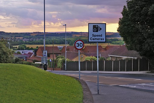 Street, Bend, Traffic, Road Signs, Traffic Restrictions