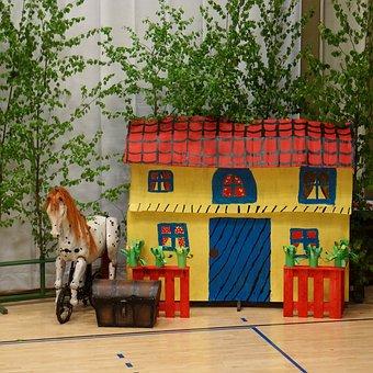 Set Piece, Children's Representation