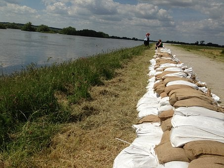 Sandbag Wall, Flood 2013, Elbe, Ueberschwaemmung