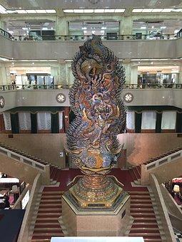 Mitsukoshi Ltd, Blow-by, Stairs