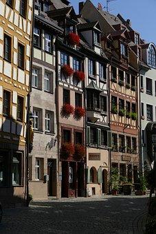 Nuremberg, Old Town, Weißgerbergasse, Homes