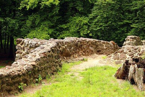 Ruin, Wall, Rasenerz, Lawn Eisenstein