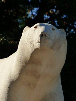 Sculpture, White Bear, Darcy Park, Dijon