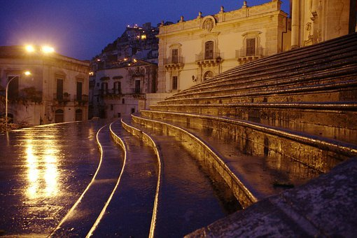 Italy, Sicily, Modica, Rain, Twilight, Stairs