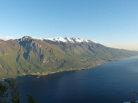 Garda, Lake, Monte Baldo, Monte Baldo Solid