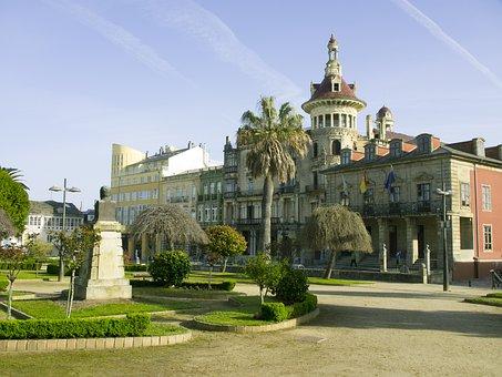 Park, Ribadeo, Building