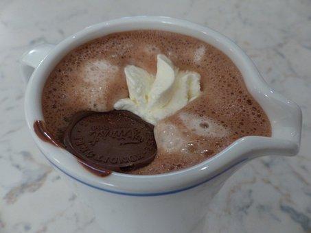 Hot Chocolate, Drink, Kaffeekaennchen, Cup, Cream