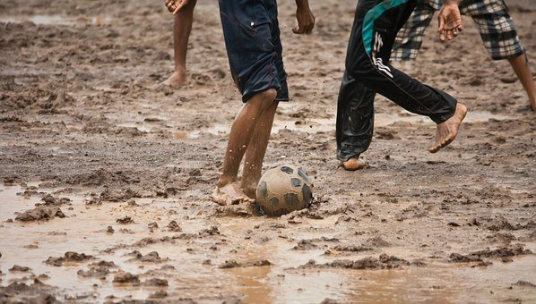 Football, Slush, Soccer, Muddy, Mud, Children, Kids