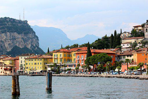 Garda, Torbole, Italy, Promenade, Bank, Mountains