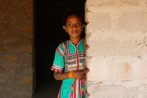 Little Girl, Gujarat, Bhuj, India, Asia, Ruins, Hindu