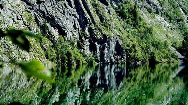 Upper Lake, Königssee, Reflection Of Berchtesgaden