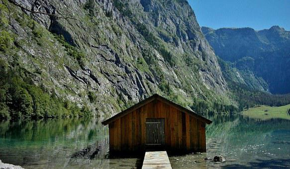 Upper Lake, Königssee, Berchtesgaden, Massif
