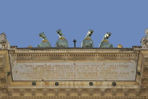 Arc De Triomphe, Paris, Inscription, Sculptures