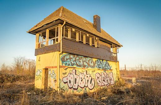 Signal Box, Train, Building, Crash, Broken, Destroyed