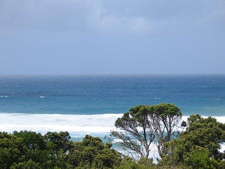 Fantastic Waves At Johanna Beach, Melbourne, Oz