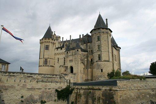 France, Samur, Chateaux