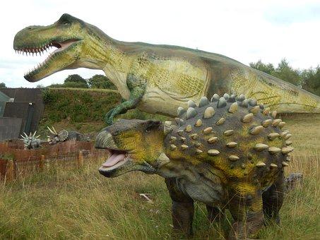 Dinosaurs, Prehistory, Caves, Vulcania Park