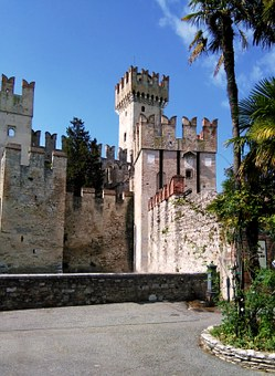Towers, Tower, Castle, Fortress, Middle Ages, Verona
