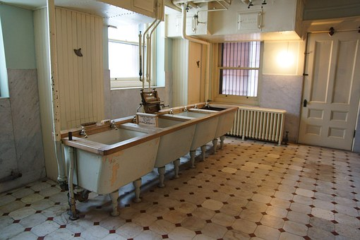 Hill House, Minnesota, Washroom, Landmark