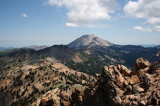 Lassen Volcanic, National Park, California, Usa