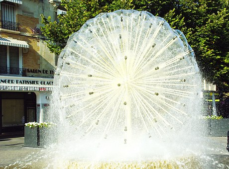 Reims, Fountain, Jet, Water, Light, Light And Shade