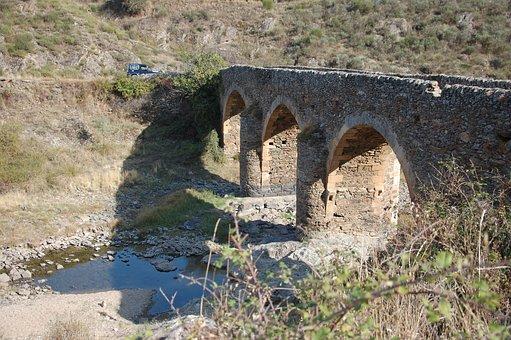 Roman Bridge, Algoso, Historic Preservation