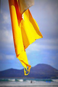 Flag, Yellow, Surfwakacje, Hitide, Polskisurfer