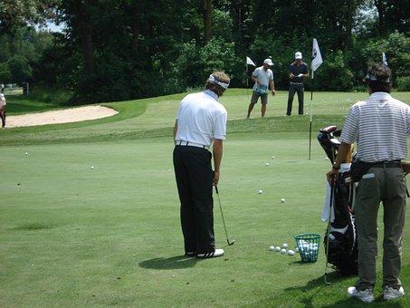 Golf, Golfers, Golf Course, Golf Training, Chipping