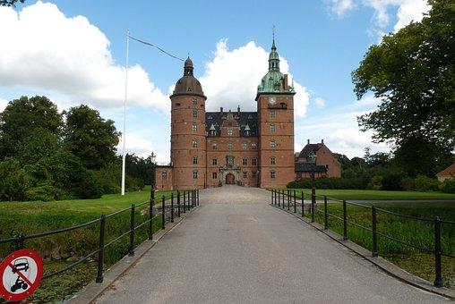 Vallo Slot, Denmark, History, Castle, Landmark, Danish