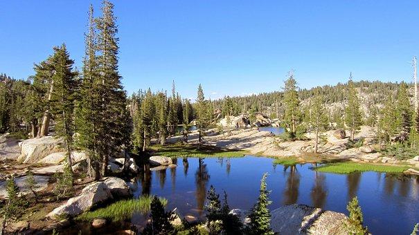 Emigrant Wilderness, Mountain Lake, Sierra Mountains