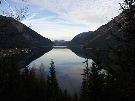 Tyrol, Achensee, Austria, Karwendel Mountains, Pertisau