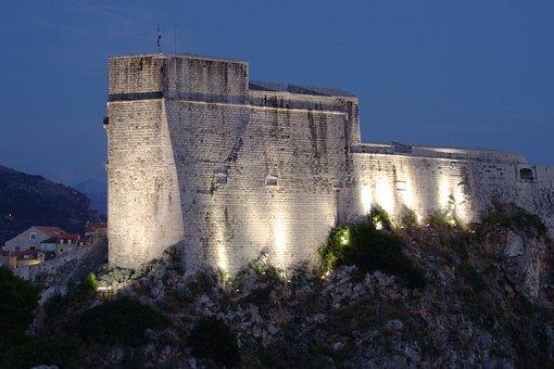 Croatia, Dubrovnik, Lovrijenac, Evening, Twilight