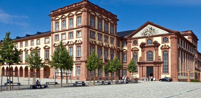 Mannheim, Castle, Kurfürstliches Closed, Front View
