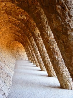 Park Güell, Gaudí, Portico De La Lavandera, Barcelona