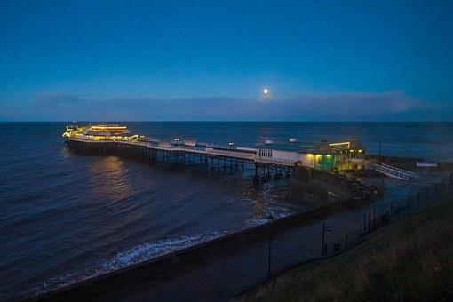 Cromer Pier, In The Evening, England, Seascape
