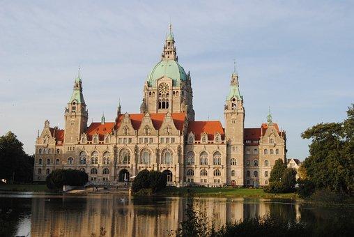 Hanover, Town Hall, Maschpark