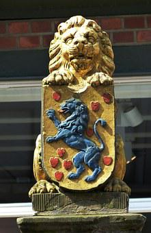 Celle, Lower Saxony, Old Town, Fig, Coat Of Arms, Lion