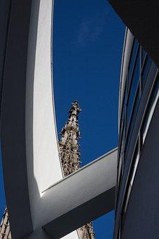Ulm, Meier Building, Star Architect, Richard Meier
