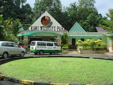 Lok Kawi Wildlife Park, Sabah, Malaysia, Zoo, Park