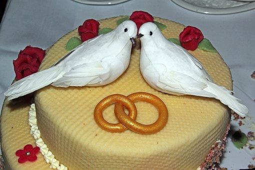 Wedding Cake, Pigeons, Rings, Marzipan, Roses