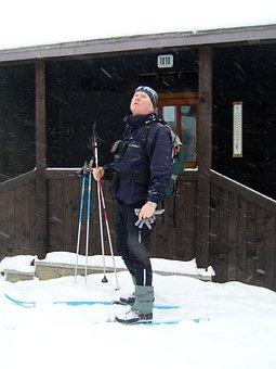 Slovakia, Kremnické Vrchy, Winter, Snow, Skis, Cottage