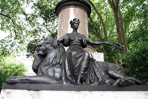 Statue, Bronze, Waterloo Place, London, Britannia, Lion