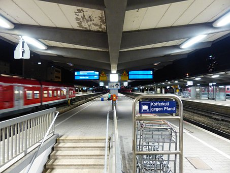 Train, Gateway, Departure, Arrival, Containing, Stop