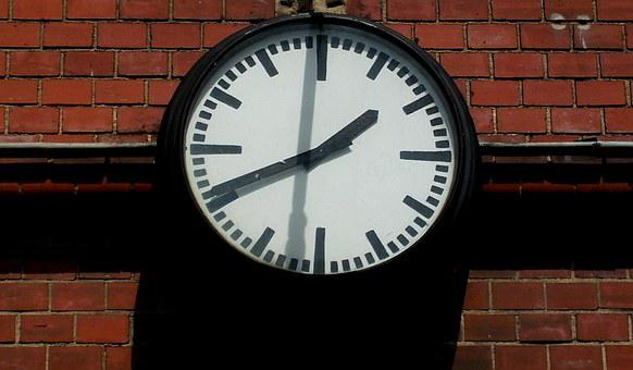 Clock, Station Clock, Classic, Time, Time Indicating