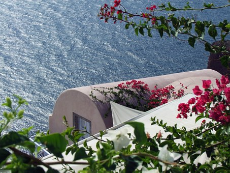House By The Sea, The Crater Rim, Cycladic Style