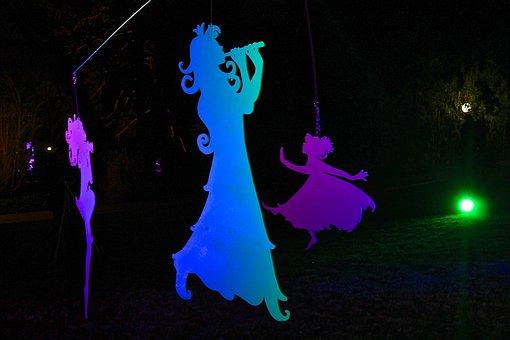 Shadow Puppets, Lichtgestalt, Winter Lights